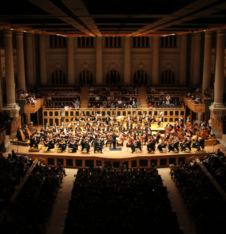 Marin Alsop with the São Paulo Symphony Orchestra - Hong